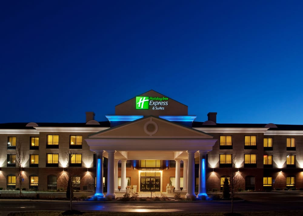 Holiday Inn Express & Suites Athens: 555 E State St, Athens, OH