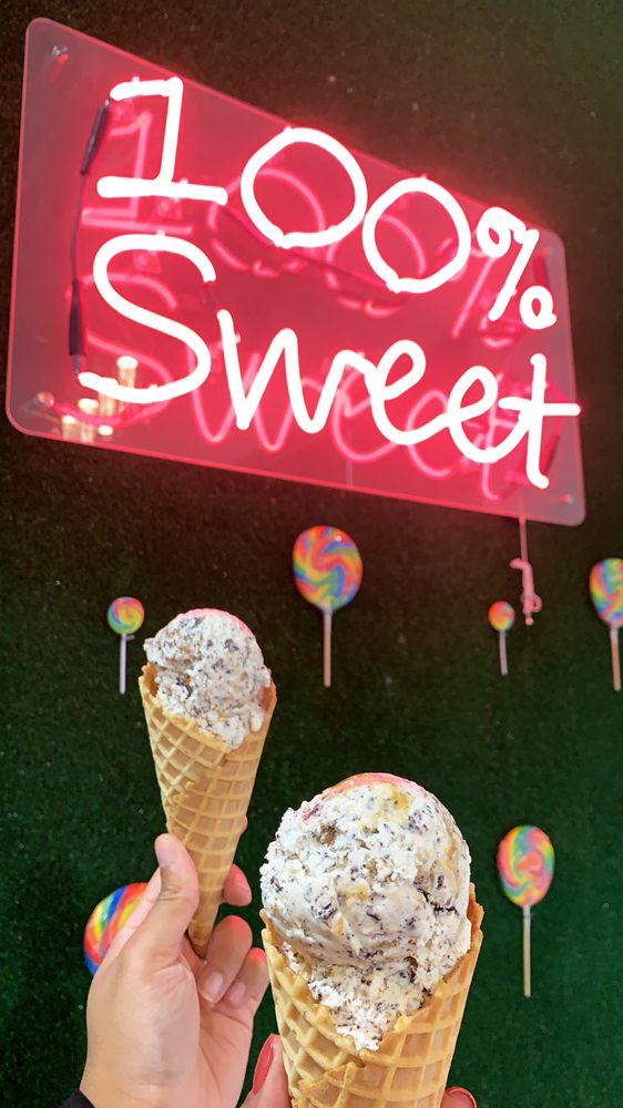 My Sweet Tooth: 19337 Diamond Lake Dr, Leesburg, VA