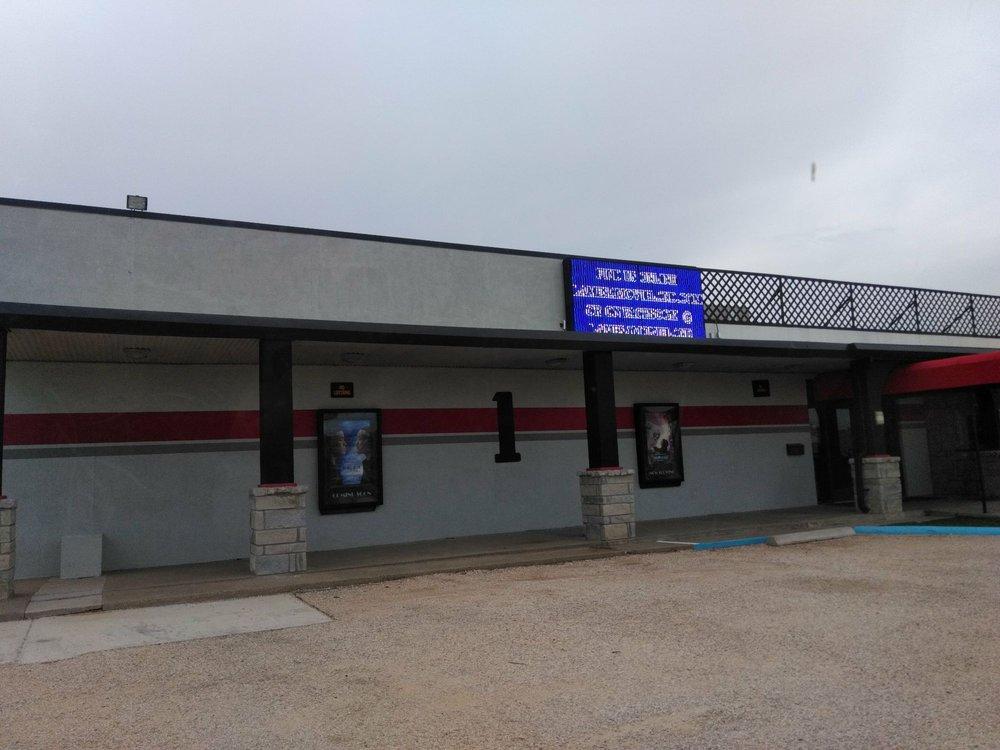 Lamesa Movieland Theatre: 604 N Austin Ave, Lamesa, TX