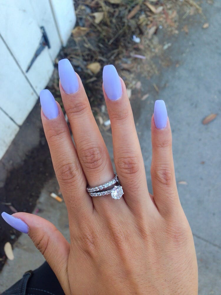 Luxe  Nails Spa