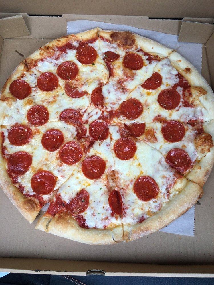 A&M Pizza 322: 2900 Horseshoe Pike, Palmyra, PA
