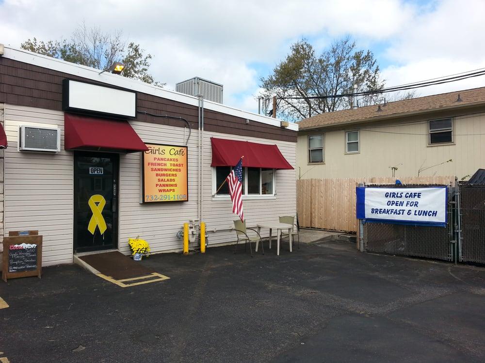 Girls Cafe: 300 Bay Ave, Highlands, NJ