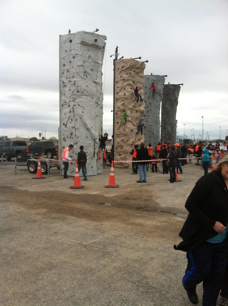 Rock N Wall: Orange Grove, TX
