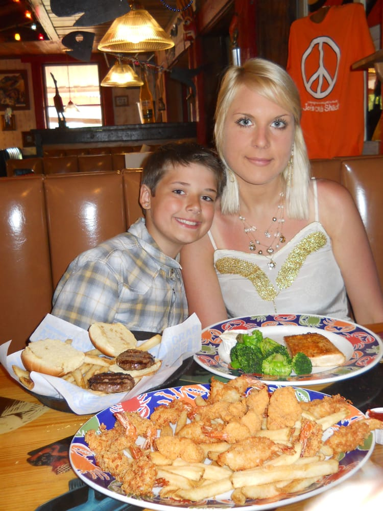 Joe s crab shack 50 photos 74 reviews seafood 3720 for Fish restaurants in columbus ohio