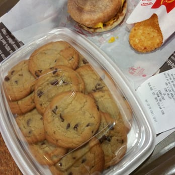 Soft Baked Chocolate Chip Cookies Mcdonald