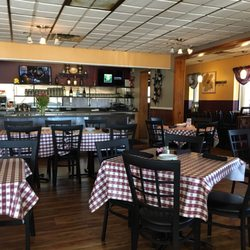vivere italian restaurant 20 photos 20 reviews italian 1000 e rawson ave oak creek wi. Black Bedroom Furniture Sets. Home Design Ideas