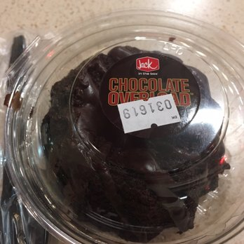 Jack In The Box Chocolate Overload Cake Review