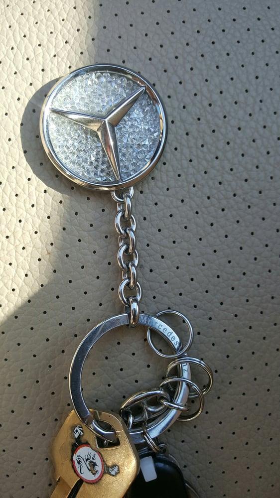 Swarovski crystal mercedes benz keychain yelp for Park place motorcars mercedes benz dallas dallas tx
