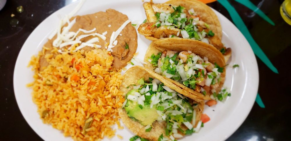 Jalisco Mexican Restaurant: 4949 Grand Ave, Gurnee, IL