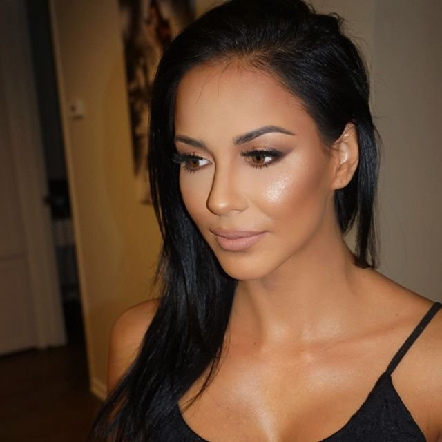 Birthday Dinner Makeup Application. Makeup By Me @Evilyn