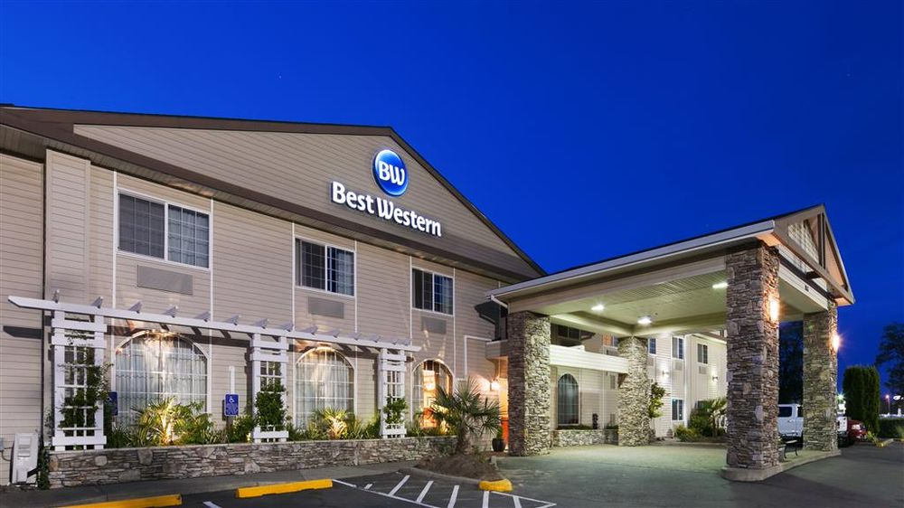 Best Western University Inn & Suites: 3933 Pacific Ave, Forest Grove, OR