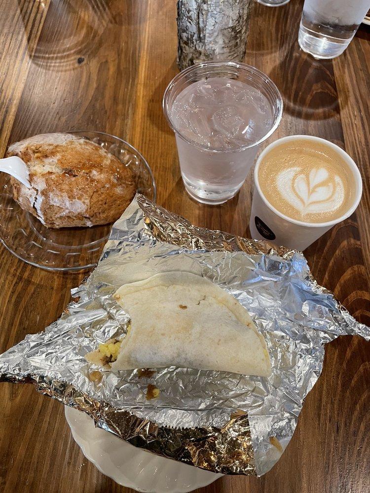 Bird Dog Cafe: 412 Short 7th Ave, Laurel, MS
