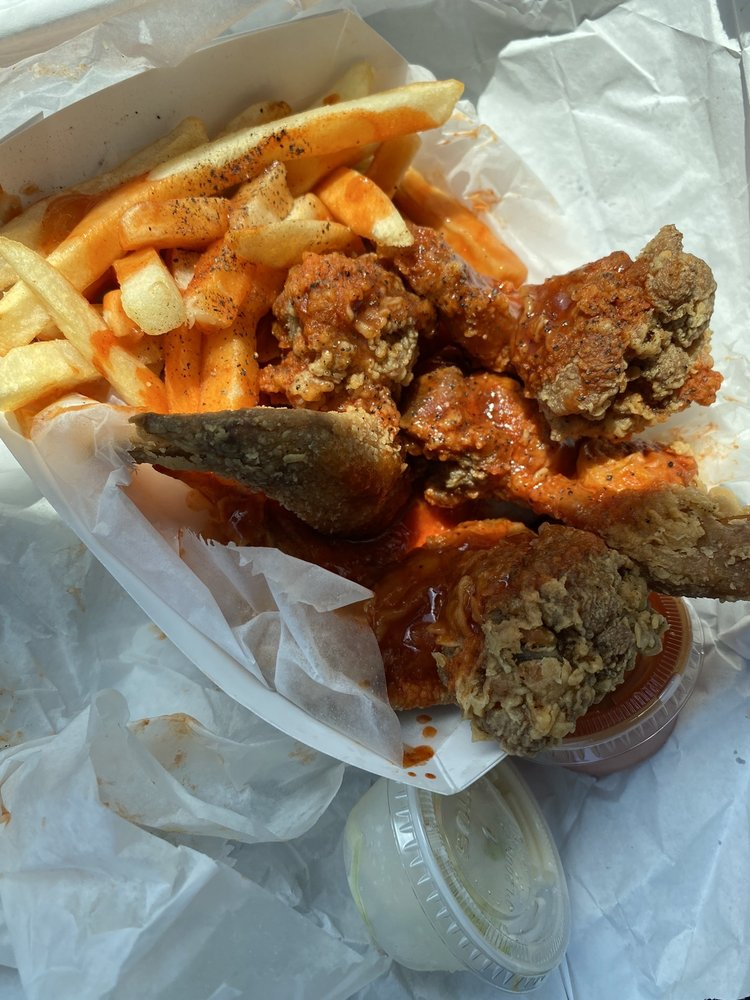 Harolds Chicken: 1916 Union Blvd St, St. Louis, MO