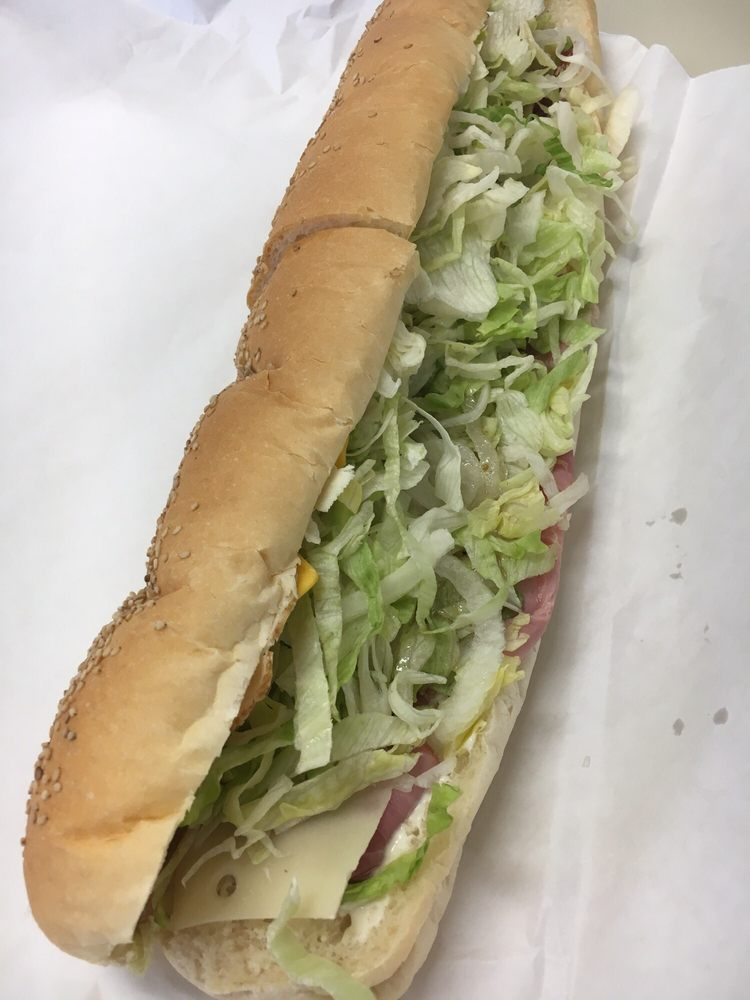 Food from LakeShore Sub & Pizza Shop