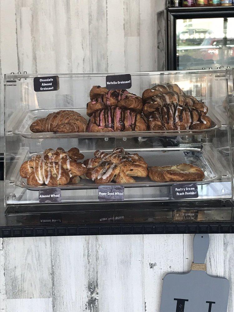 Angel's Coffee Shop: 4350 Airport Rd, Santa Fe, NM