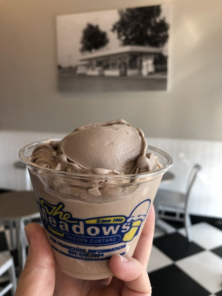 The Meadows Original Frozen Custard: 20548 Easthampton Plz, Ashburn, VA