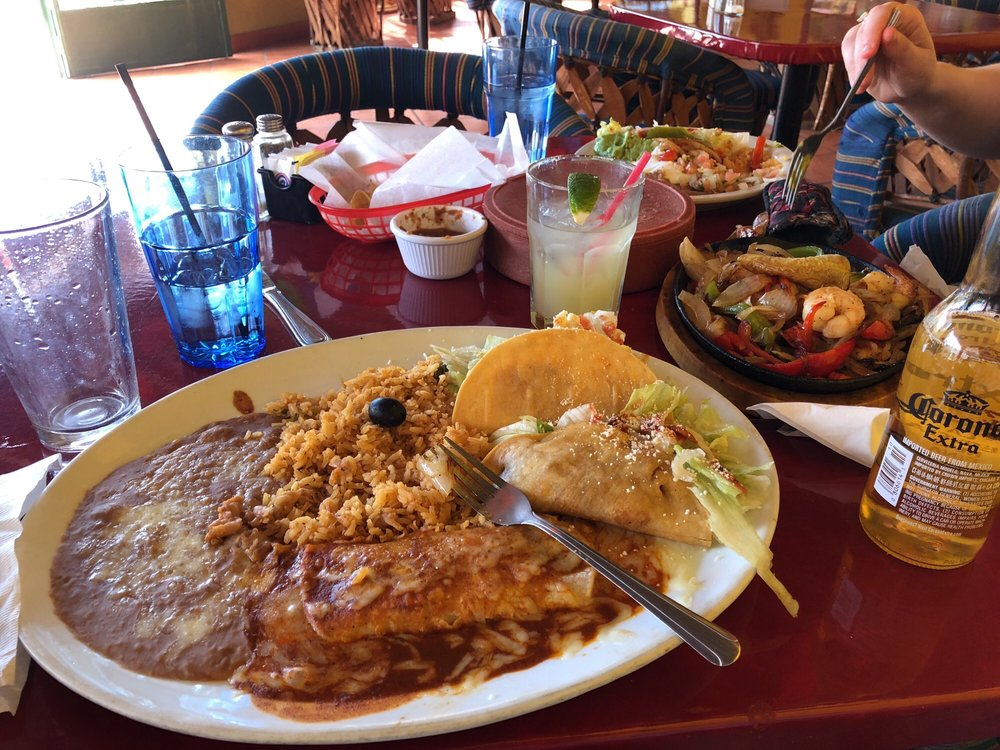 Pablito's Mexican Bar & Grill: 590 Palm Canyon Dr, Borrego Springs, CA
