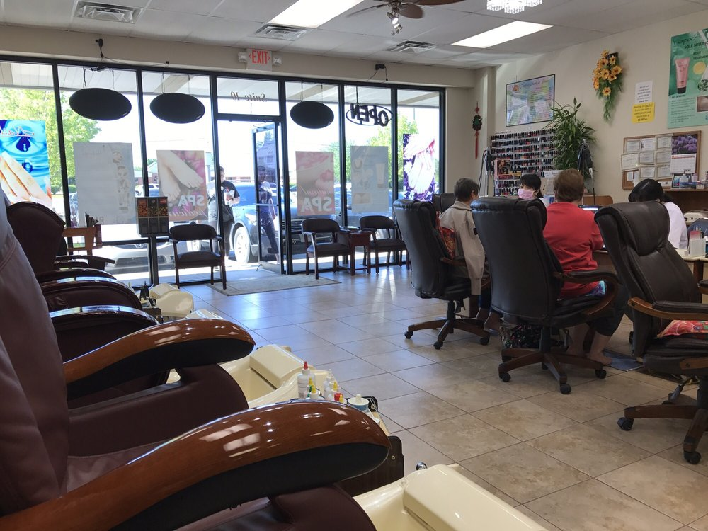Perfect Nails & Hair: 1003 SE 14th St, Bentonville, AR
