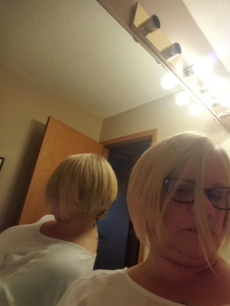 Gravity hair salon fris rsalonger 8120 beddington for Gravity salon