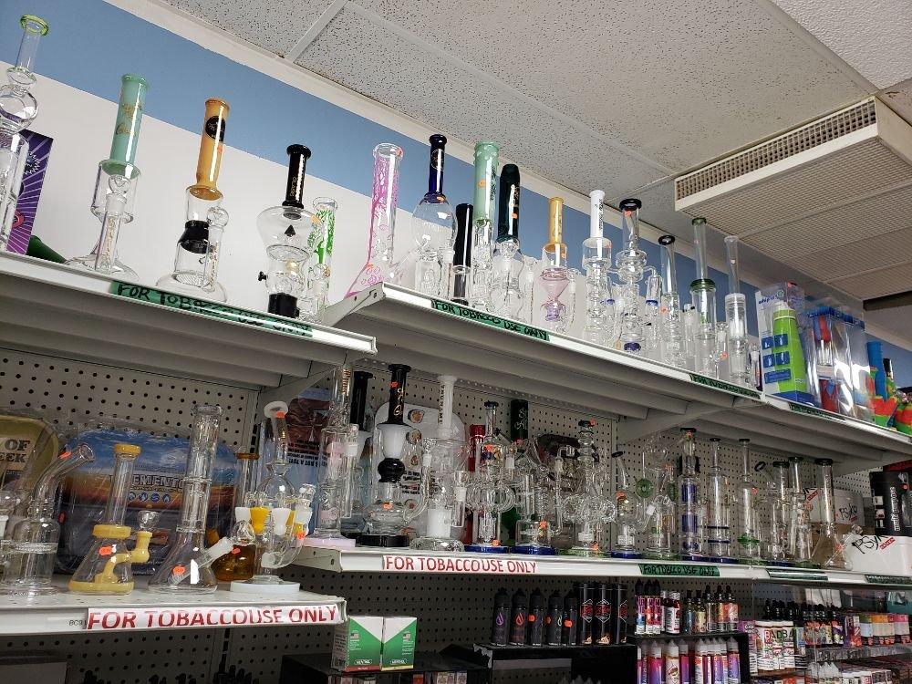 Northfield Smoke & Vape Shop: 10512 Northfield Rd, Northfield, OH