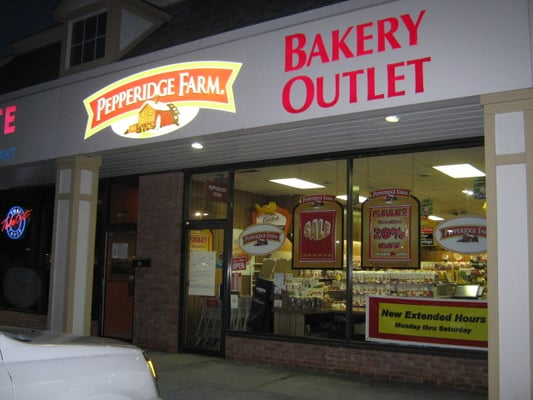 Pepperidge Farm Bakery Outlet 1174 Kenny Centre Mall