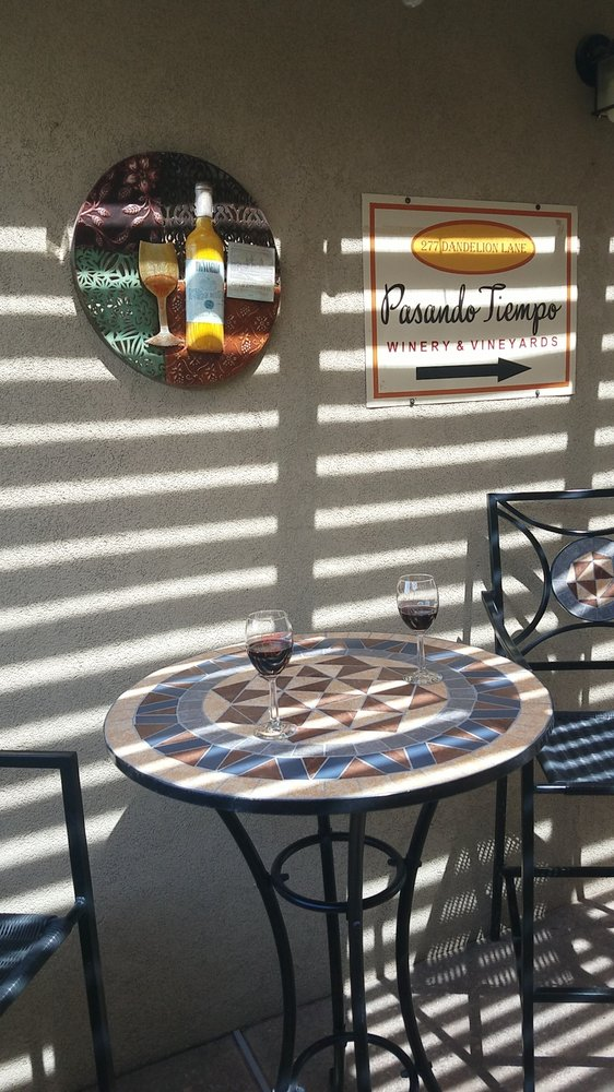 Pasando Tiempo Winery and Vineyards: 277 Dandelion Rd, Corrales, NM