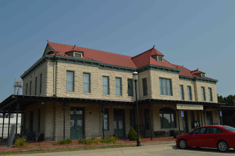 Old Depot Museum: 135 A Tecumseh St, Ottawa, KS