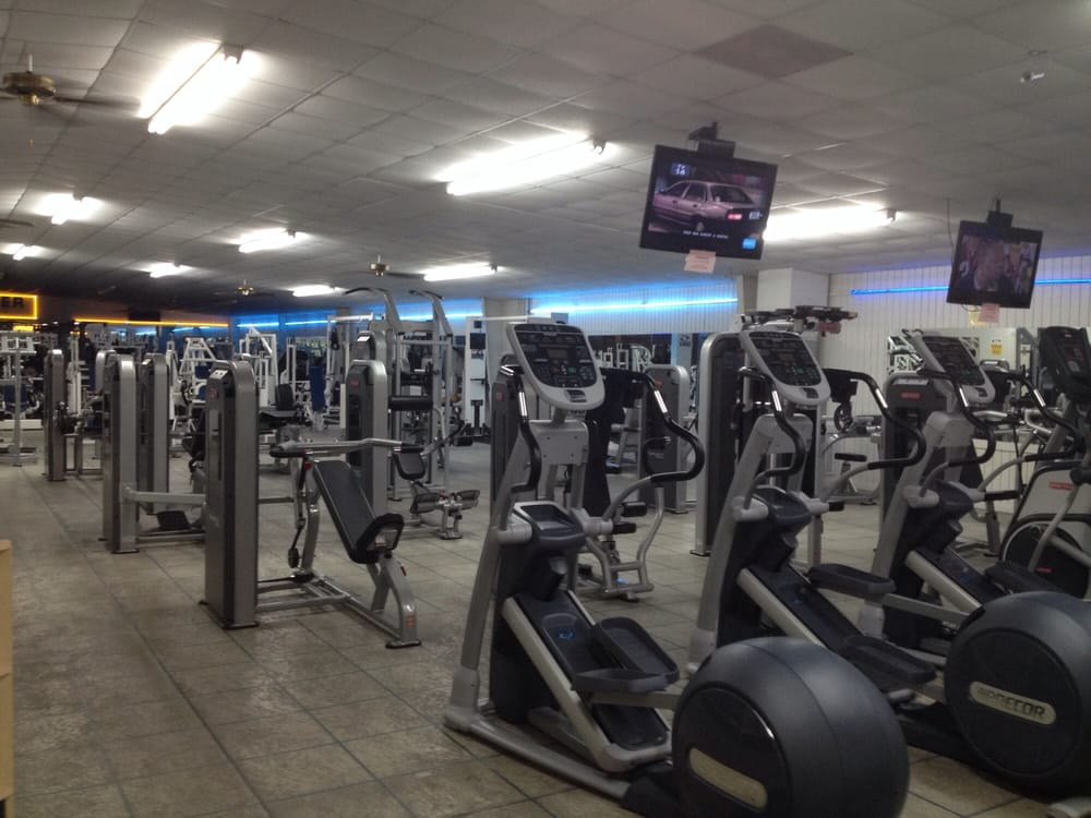 Walt's Fitness Center: 3522 S Eufaula Ave, Eufaula, AL