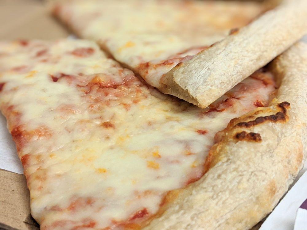 Gabriella's New York City Pizza: 107 E Bdwy, Glendale, CA