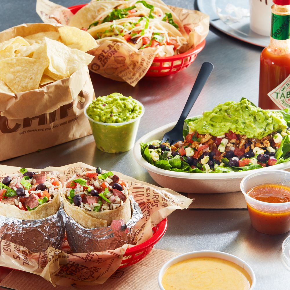 Chipotle Mexican Grill: 589 Ring Rd, Harrison, OH