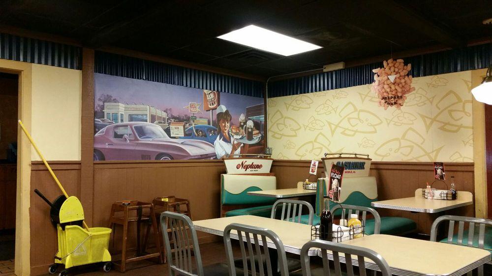 A&W Restaurant: 1227 W Pierce, Carlsbad, NM