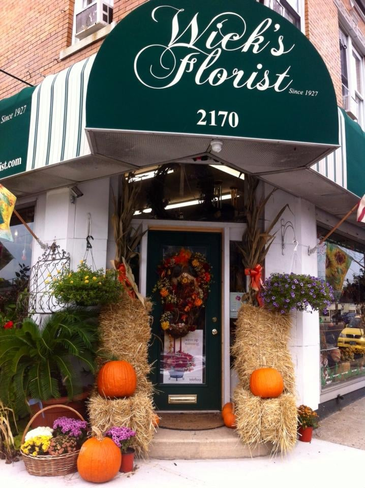 Wick's Florist, Fruitera & Greenhouse: 2170 Grand Ave, Baldwin, NY