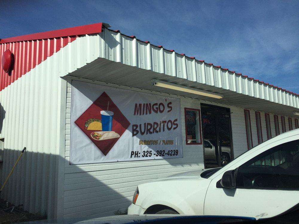 Mingo's Burritos: 1606 Del Rio St, Ozona, TX