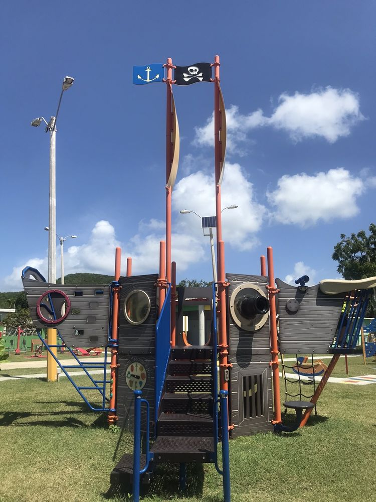 Parque Infantil: Carretera PR-250 S/N, Culebra, PR