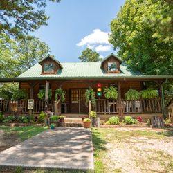 Photo Of Cabin Fever Resort   Eureka Springs, AR, United States