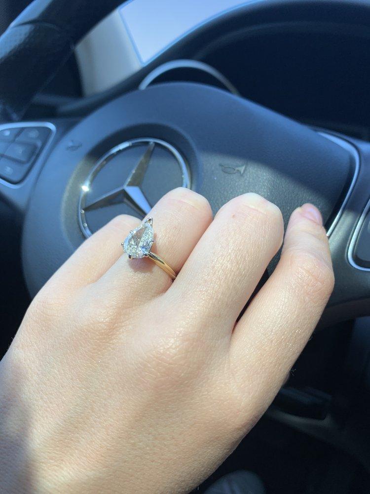 Medawar Jewelers: 6145 W Saginaw Hwy, Lansing, MI