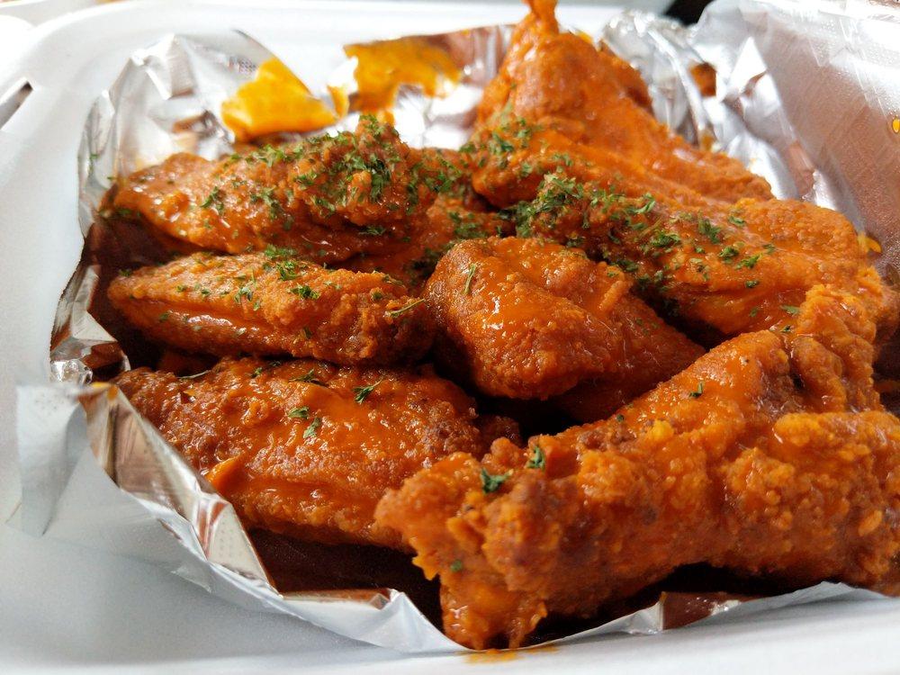 Strictly Wings: 3935 Sweeten Creek Rd, Arden, NC