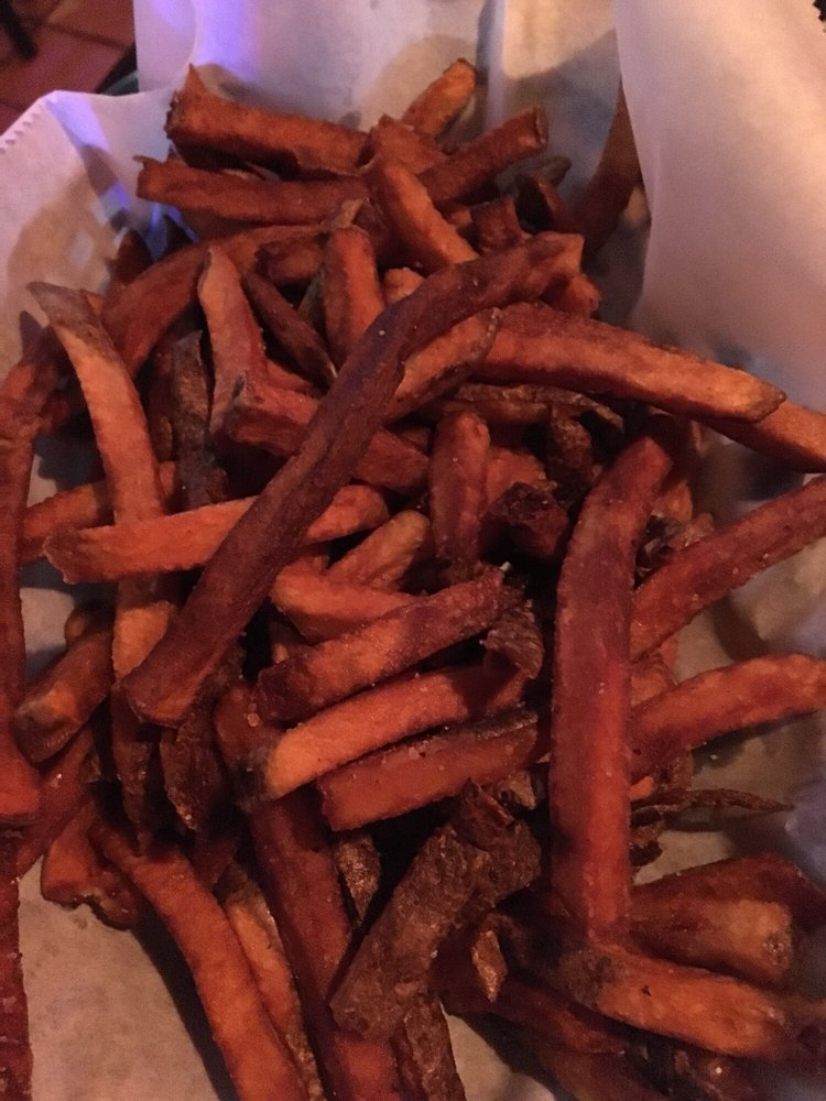 Pounders Bar & Grill: 6370 York Rd, Cleveland, OH