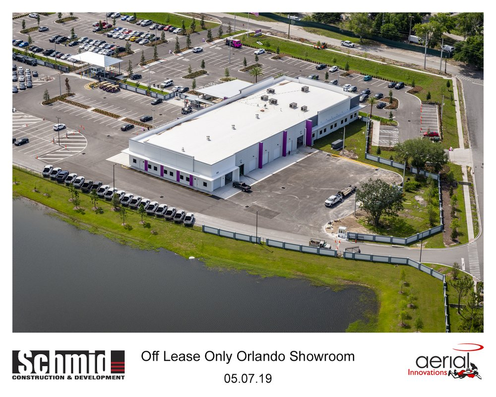 Off Lease Only Orlando >> 35 Acres Of Cars Trucks Suvs And Vans And A 20 000 Square
