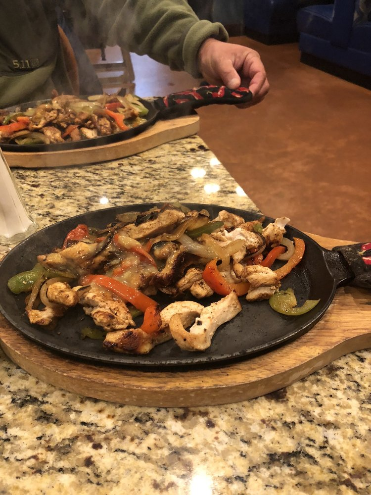 Mariscos Altamar: 2250 Sun Ranch Village loop SW, Los Lunas, NM