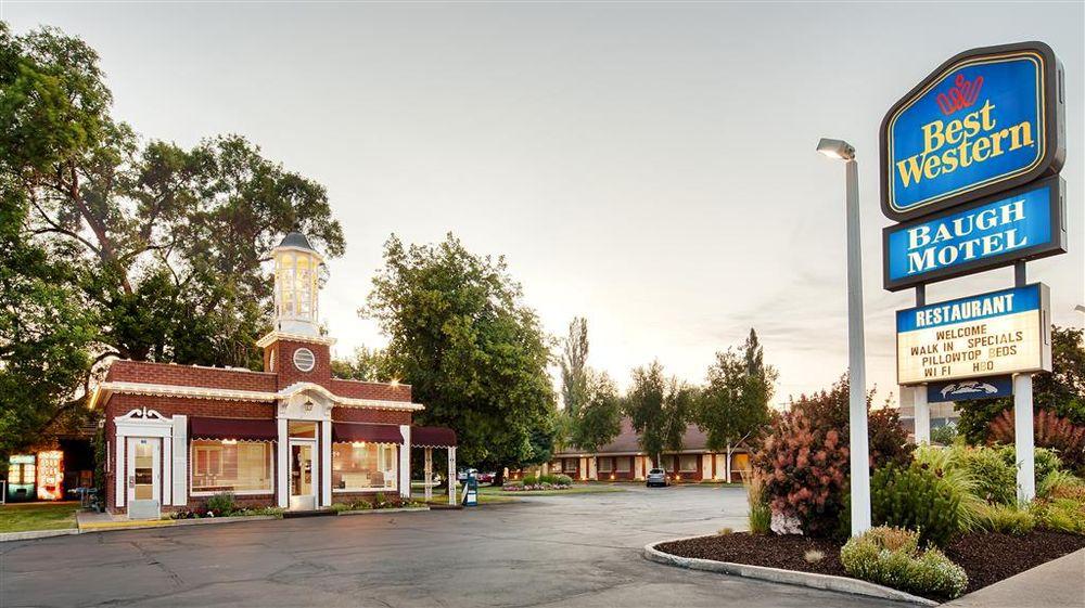 Baugh Motel, SureStay Collection by Best Western: 153 S Main St, Logan, UT