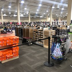 fabb955b3a3f DSW Designer Shoe Warehouse - 23 Photos   26 Reviews - Shoe Stores ...