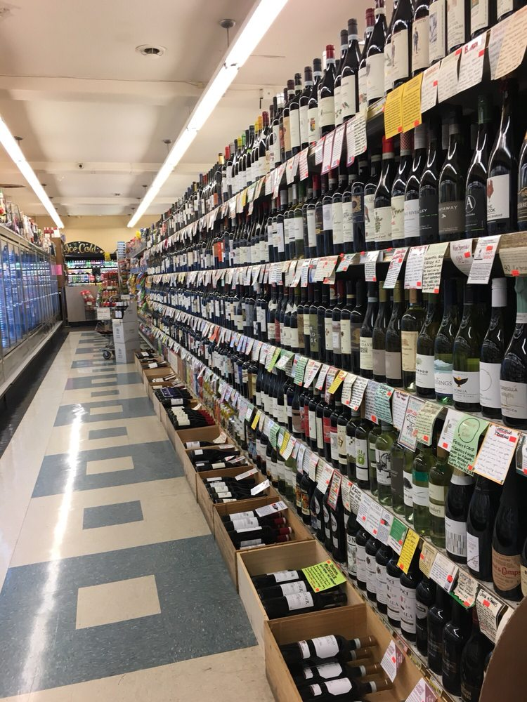 Photo of Ken's Market: Seattle, WA