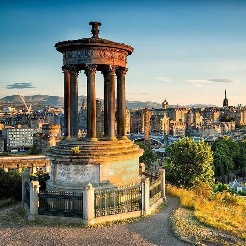 Edinburgh Restaurants Near Calton Hill