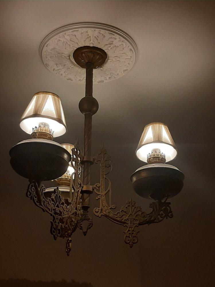 Twin Gables Bed & Breakfast Inn: 1416 W State Rte 4, Skamokawa, WA