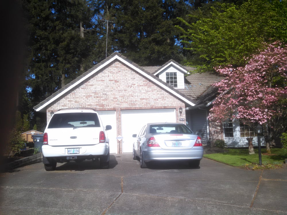 Applause Travel: 7670 Ridgewood Dr, Gladstone, OR