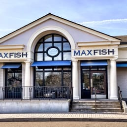 Max fish 287 photos 215 reviews seafood restaurants for Max fish menu