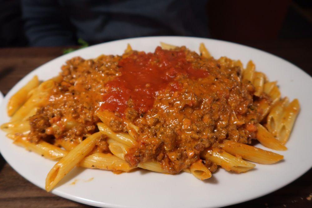 Angelina's Restaurant & Pizzeria: 43 Chestnut St, Cold Spring, NY