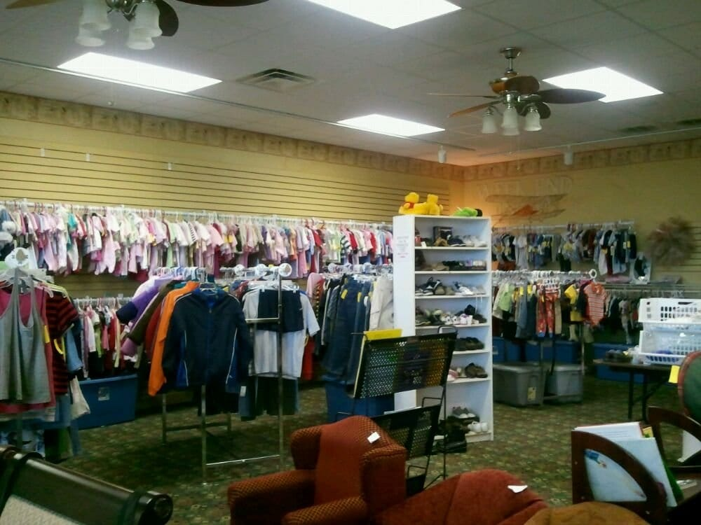 New 2 U Consignment: 739 W Jackson St, Cookeville, TN