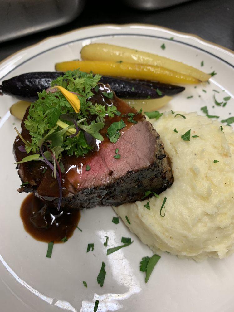 Espana's Southwest Bar & Grill: 1460 E Pacheco Blvd, Los Banos, CA